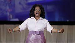 Plačící Oprah Winfreyová  v rozhovoru popřela, že je lesba