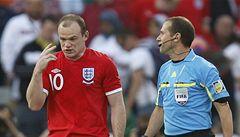 Rooney si tři zápasy nezahraje. I tak na EURO pojede