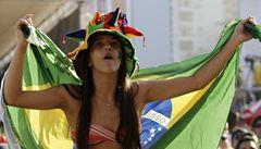 Adidas stáhl sexy trička pro brazilské MS. Prý sexualizují obraz země