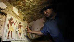V egyptské Sakkáře objevili archeologové 4300 let starý hrob
