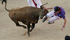Španělská Pamplona žije festivalem, při běhu býků se zranili dva lidé