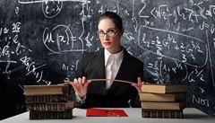 Učitelé by mohli být bakaláři s pedagogickým kurzem, navrhuje NERV