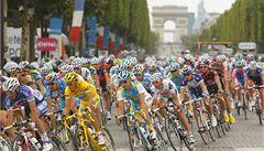 Contador dovršil hattrick, v Paříži opět přebral korunu pro krále Tour