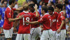 Manchester vstoupil do sezóny ziskem Superpoháru, 3:1 porazil Chelsea