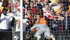 Liverpool-Arsenal 1:1. 'Reds' potopil neskutečný vlastenec gólmana Reiny