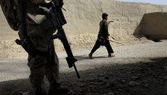 Armáda stáhla vojáka z Afghánistánu, urazil důstojníka