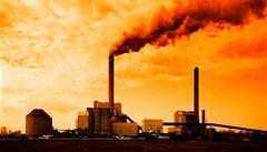 Vědci o oteplování: Emise CO<sub>2</sub> jsou rekordní, vlády by měly jednat
