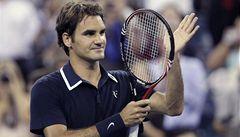 Federer nadchnul v New Yorku trikem i osmnácti esy