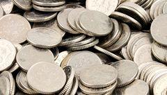 Britové šetří: razí levnější ocelové mince. Majitelé automatů očekávají chaos