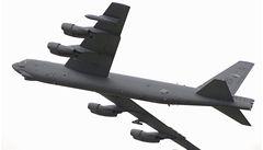 V Mošnově přistála hlavní atrakce Dnů NATO: bombardér B-52H