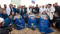 Sojuz se úspěšně vrátil z mise na ISS a přistál v kazašské stepi