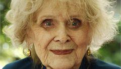 Zemřela stoletá herečka Stuartová, stárnoucí Rose z filmu Titanic