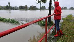 Déšť opět zvedl hladiny řek. Na severu pokračovala evakuace