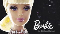 Nejdražší panenka Barbie míří do dražby. Může stát až 8 milionů korun