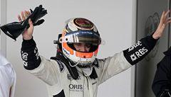 Mokrou kvalifikaci formule 1 v Brazílii ovládl nováček Hülkenberg