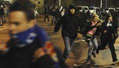 Zápas v Ostravě byl přerušen, hráče vyhnal do kabin na 20 minut slzný plyn