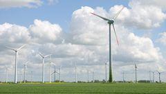 Větru vládnou Španělé, mají z něj stejně elektřiny jako z jádra