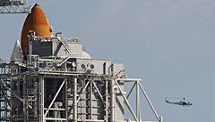 NASA kvůli úniku paliva zastavil přípravy startu Discovery