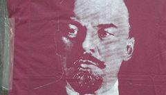 'Vážení soudruzi, zúčastní se Lenin a Stalin,' láká ČSSD na konferenci