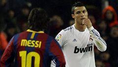 O Zlatý míč FIFA se ucházejí Messi, Ronaldo a Xavi