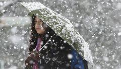 O víkendu spadnou teploty až o deset stupňů, na horách nasněží