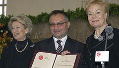 Vondráček dostal cenu vysídlenců za dokument Zabíjení po česku