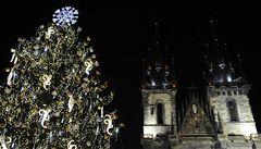 Vánoční trhy v Praze končí, strom dostanou zvířata v zoo