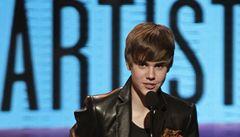 Idol Bieber chce na jít univerzitu. Připravuje se na seancích