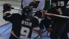 VIDEO: Nej... gól roku - zaujal vás více Rolinek, Ryan či Henry?