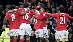 Rooney zahodil penaltu, Manchester přesto ve šlágru porazil Arsenal 1:0