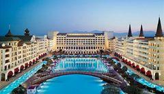 Nejluxusnější turecký hotel neplatil účty, tak mu vypnuli proud