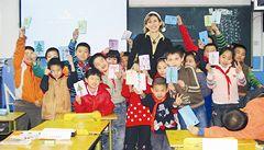 Čínské děti tráví ve škole všechen čas, říká česká učitelka v Pekingu