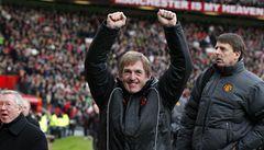 Liverpoolu nepomohl ani nový kouč, vypadl z poháru a dál jde United