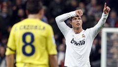Hvězdný Ronaldo válí. Hattrickem udržel Real v kontaktu s Barcelonou