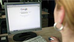 České úřady chtěly data o 128 uživatelích. Google vydal třetinu