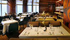 Večeře v oblacích. Dubaj má nejvýše položený restaurant na světě