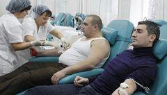 Proč nechodí darovat krev? Bojí se AIDS