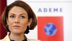 'Neber hříšníky z ostudného MS,' varuje ministryně kouče Francie