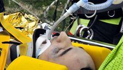 Těžká nehoda Kubici s fabií. Po 7 hodinách mu lékaři zachránili ruku