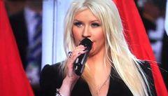 Aguilera se ztrapnila při Super Bowlu. Popletla slova hymny USA