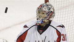 Varlamov je spoluhráč, ale i soupeř, říká gólman Washingtonu Neuvirth