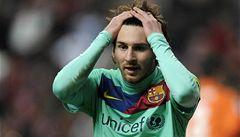 VIDEO: Barcelona po šestnácti výhrách v řadě remizovala v Gijónu