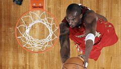 NBA All Star Game mělo dvě hvězdy: vesmírného letce Griffina a Bryanta