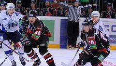 Omsk vyrovnal sérii s Nižněkamskem na 2:2. Jágr konečně bodoval