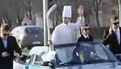 Polští mladíci parodovali papeže, hrozí jim až dva roky vězení
