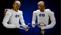 PODÍVEJTE SE: Do vesmíru letí první robot s lidskými rysy