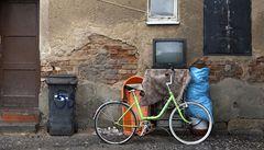 Romové musí opustit ostravské ghetto, hrozí zřícení domů