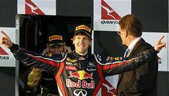 Formule 1 odstartovala. V Melbourne vládl Vettel