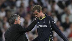 Hlupák... Crouch 'červenými' skluzy potopil Tottenham