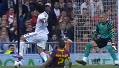 VIDEO: Byla to penalta nebo herecký výkon Marcela?